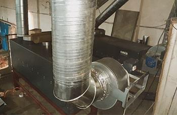 Автосервис 500 м.кв, воздушная печь ГрТ-3000. Стоит с 2012 года.